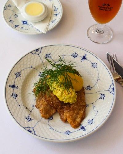 guide, smørrebrød,  Kronborg, Copenhagen, lunch, restaurant, food blogger, Thomas Alcayaga, fish fillet