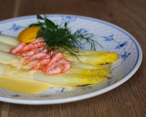 smørrebrød, asparagus, lunch, copenhagen, restaurant, kronborg