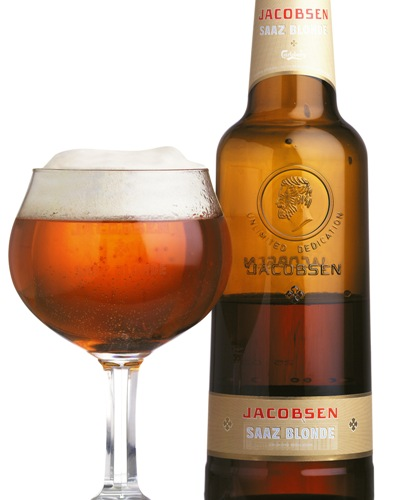Jacobsen's popular Saaz Blonde is now available on draft. Saaz Blonde is the perfect companion to fatty fish, like rimmed salmon or smoked Greenland halibut.